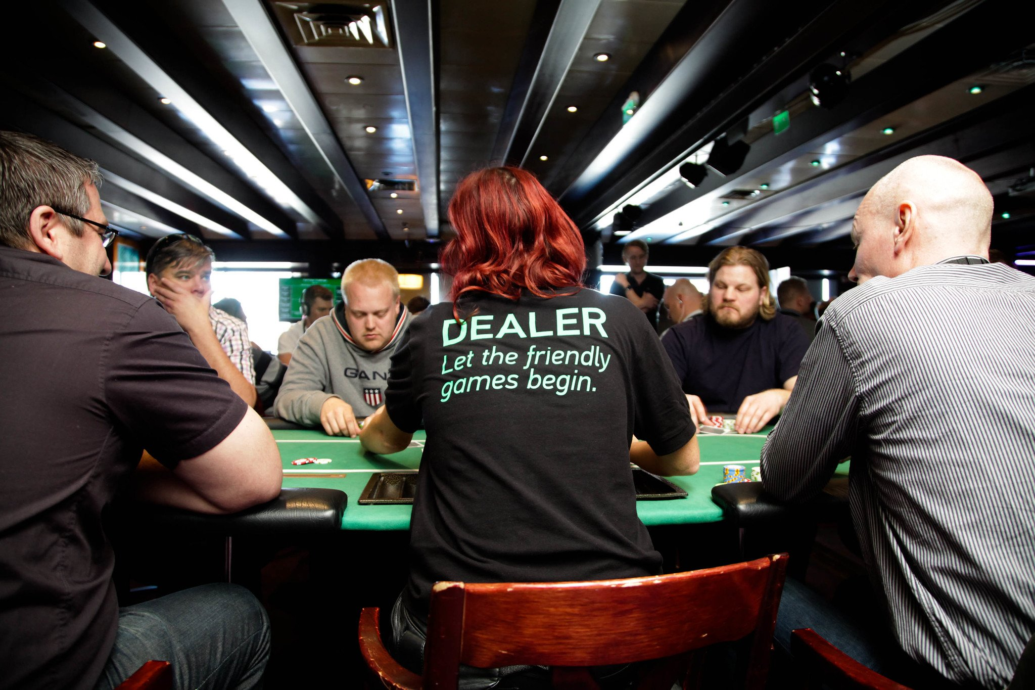 Tips to Win Online Poker Betting Games